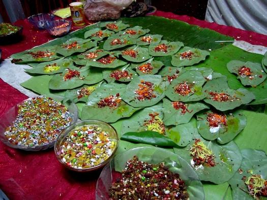 paan_betel_nut_on_betel_leaf