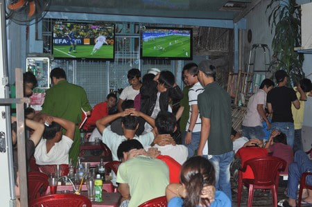 Despite the prohibition, sports betting is an extremely popular form of gambling in Vietnam