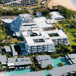 This is an aerial picture of Mindil Beach Casino Resort, in Darwin City, Northern Territory, Australia. This is the biggest casino of the Northern Territory. This is the first casino on this list of all the NT casinos, you can find the other gaming venues on this list under this one. To the right of the picture you can read more about this casino.