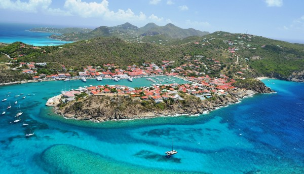 A picture of St. Barthelemy from bird's-eye view. All illustration to my guide about the St. Barts casino and gambling scene and laws.