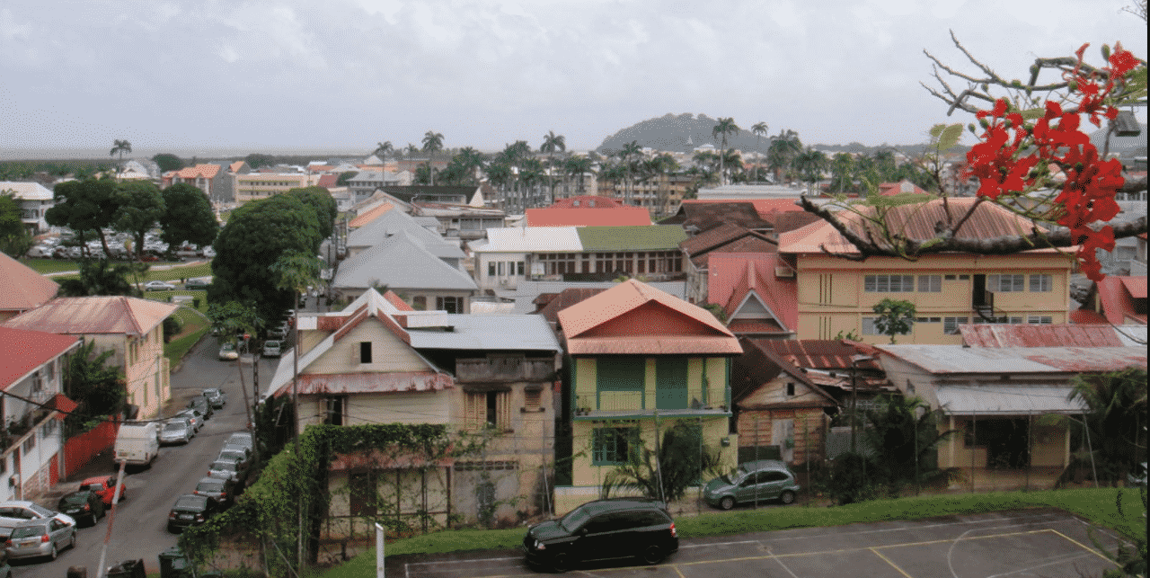 This is a picture of Cayenne, the capital of French Guiana. On this page, you can read about the legislation, rules, licensing, taxation of of the various forms of games of chance and online gambling in the country, including: poker, bingo, lottery, sports betting, cryptocurrency wagering, and a list of online gambling sites which accept players from French Guiana.