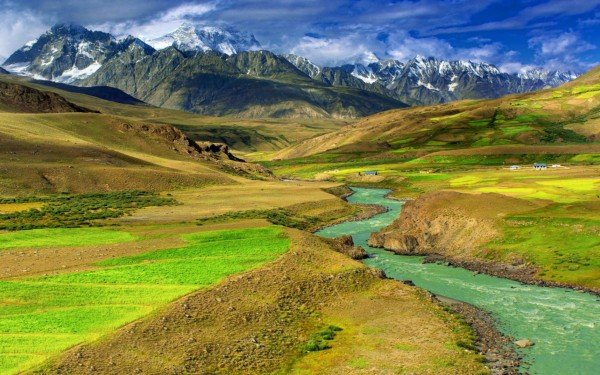 Picture of a landscape in Mongolia. Gambling is legal in Mongolia.