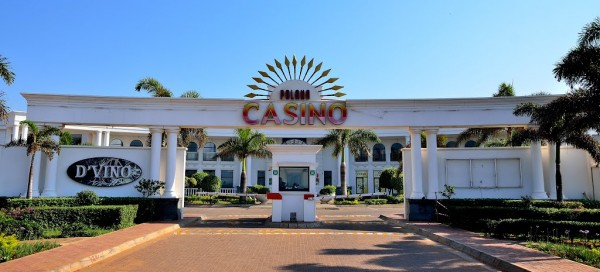 Picture of the Polana Casino in Mozambique. This is the header image of my Mozambique gambling and casino guide. Gambling is controlled by the government in the country.