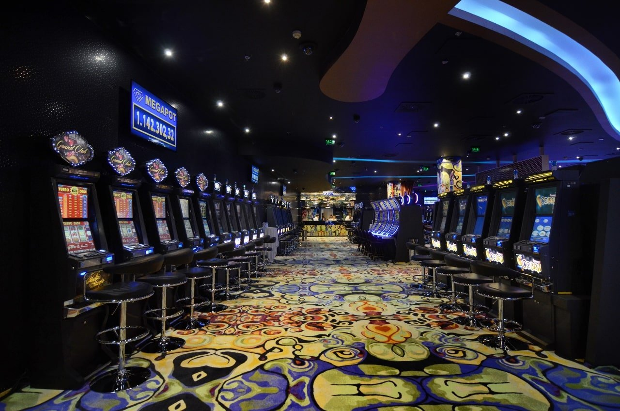 This is a picture of interior of Grand Casinos in Debrecen, Hungary. One of the 11 licensed hungarian gambling establishments. Under the picture you can read about gambling and online gambling in Hungary.