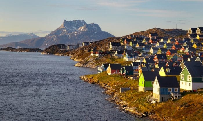 Simon's Guide to Land-based and Online Casinos in Greenland