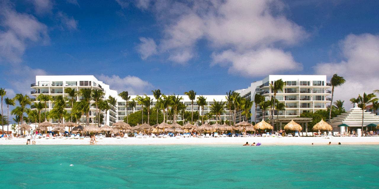 This is a picture of Aruba Marriott Resort and Stellaris Casino, Aruba's biggest casino. You can read about casino gambling laws, licensing and taxation of online casinos, and you can find a list of Aruba casinos and licensed, legally operating online casinos, which accept players from the country on this page.