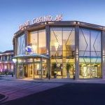 This is a picture of the entrance of Grandcasino Aš. This is the last casino on this list of the TOP 5 biggest and best rated casinos in the Czech Republic, you can find the other gaming venues on this list above this one. To the right of the picture you can read more info about the casino,