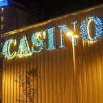 This is a picture of the front entrance of Santa Fe Casino, in the province of Santa Fe. To the right of the picture you can read more about this casino.