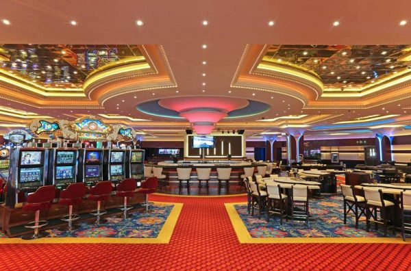 This is a picture of the interior of the Casino Sheraton in Costa Rica,, one of the biggest gambling establishments within the country. On this page, you can find a list of land-based casinos and Costa Rica licensed online casinos on this page.