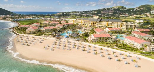 Aerial view of the beach and building of Marriott Resort & The Royal Beach Casino in Saint Kitts