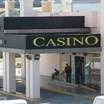 This is a picture of the front entrance of Crown Casino Colon 2000, located in Radisson Hotel Colon. To the right of the picture you can read more about this casino.