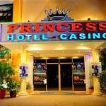 This is a picture of the front gate of FreeZone Princess Casino, one of the 5 casinos in Belize, and one of the 3 Princess International gambling venues in the country. This is the third gaming venue on this TOP 5 list, you can find the other Belize casinos above and below this one. To the right of the picture you can read more about this venue.