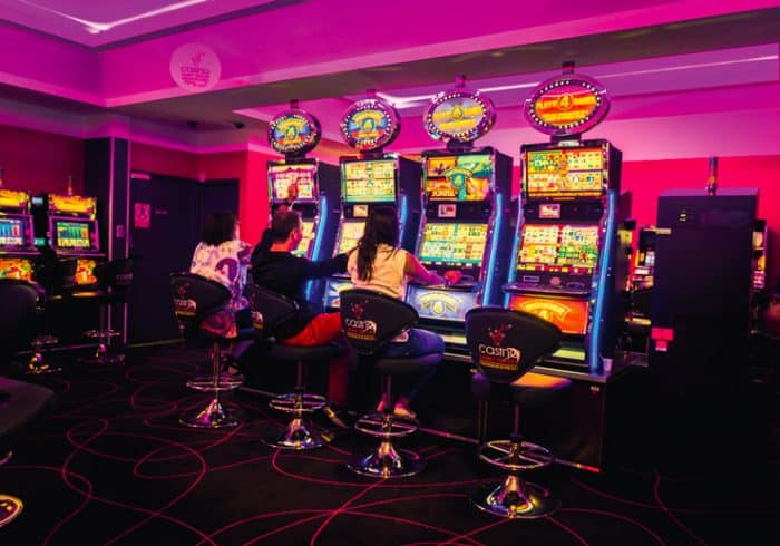 Simon's Guide to Land-based and Online Casinos in Réunion