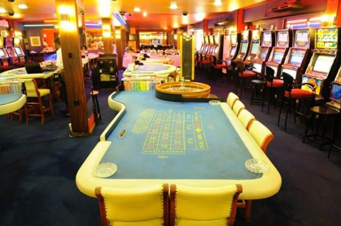 Simon's Guide to Land-based and Online Casinos in Uganda